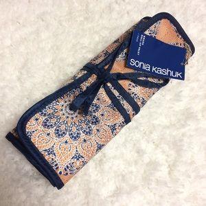 Sonia Kashuk Brush Roll Up Valet Orange Blue